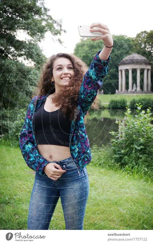young woman taking selfie Lifestyle Joy Leisure and hobbies Summer Cellphone Camera Technology Human being Feminine Girl Young woman Youth (Young adults) Woman