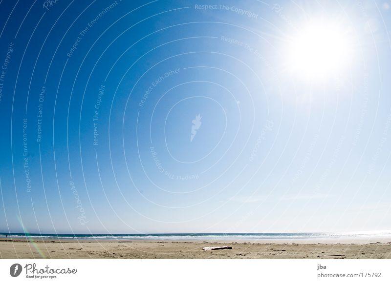 Sky Blue Vacation & Travel Sun Summer Ocean Joy Beach Far-off places Relaxation Freedom Sand Coast Island Illuminate Beautiful weather
