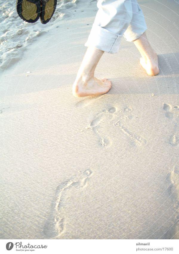Man Ocean Beach Feet Sand Legs Waves Hiking Going Walking Wet To go for a walk Pants Footprint Pebble White crest
