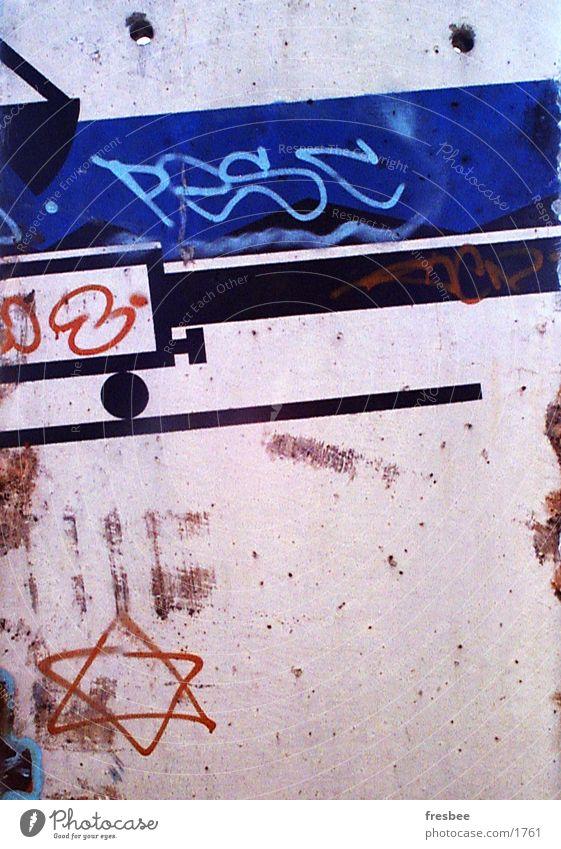 train Wall (building) graffiti