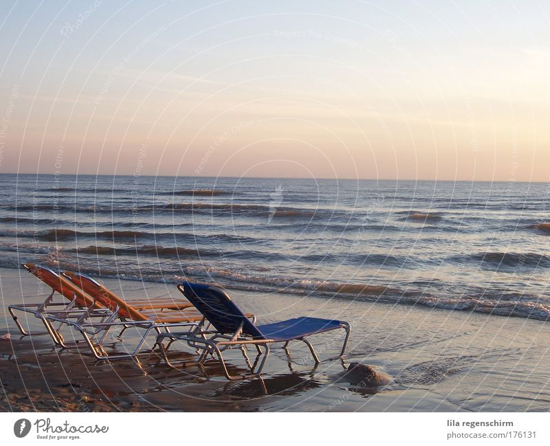 Water Sky Ocean Summer Beach Vacation & Travel Calm Far-off places Relaxation Freedom Waves Horizon Beautiful weather North Sea Harmonious