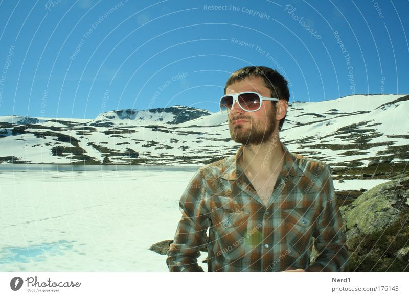 Norway Colour photo Exterior shot Day Light Central perspective Portrait photograph Forward Vacation & Travel Tourism Trip Adventure Expedition Winter Snow