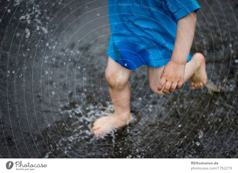 Sound color | pitschpatsch Human being Masculine Child Toddler Boy (child) Hand Legs Feet 1 T-shirt Water Walking Running Playing Jump Authentic Happy Small Wet