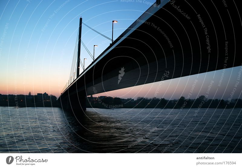 Nature Water Sky City Architecture Horizon Transport Bridge River Night sky Traffic infrastructure Downtown Duesseldorf Street lighting