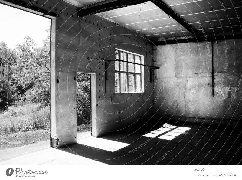 abandoned Technology Industrial plant Factory Gate Manmade structures Building Workshop Garage Wall (barrier) Wall (building) Facade Window Door Concrete Metal