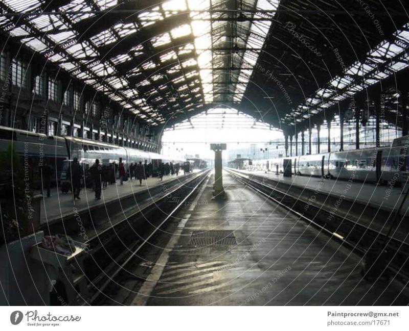 Transport Railroad tracks Paris Train station Warehouse Express train Stagnating