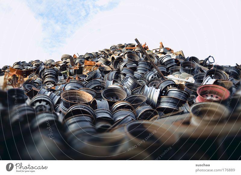 Metal Horizon Transience Skyline Steel Rust Decline Motoring Oil Feeble Raw materials and fuels Scrapyard Overpopulated