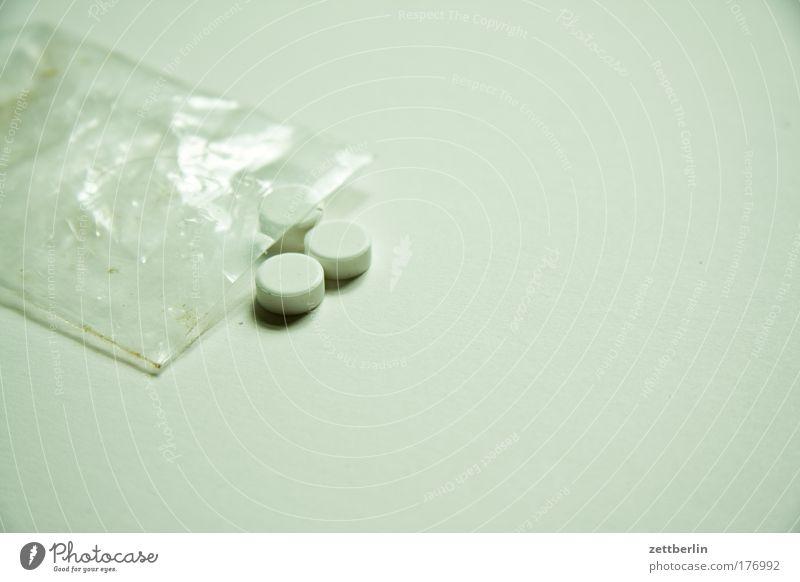 arnica Pharmacy Medication Drugstore Healthy globules Health care Pill Paper bag Plastic bag Packaging Packing film 3 Sweetener saccharin Alternative medicine
