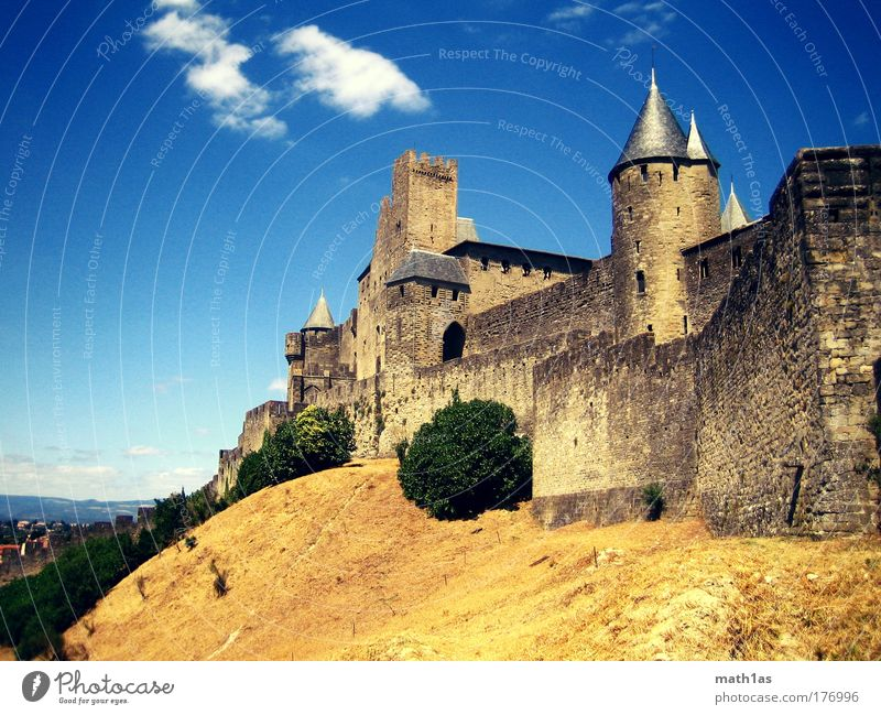 Carcassonne Day Colour photo Exterior shot Deserted Copy Space left Copy Space top Copy Space bottom Long shot Old town Castle Ruin Manmade structures Building