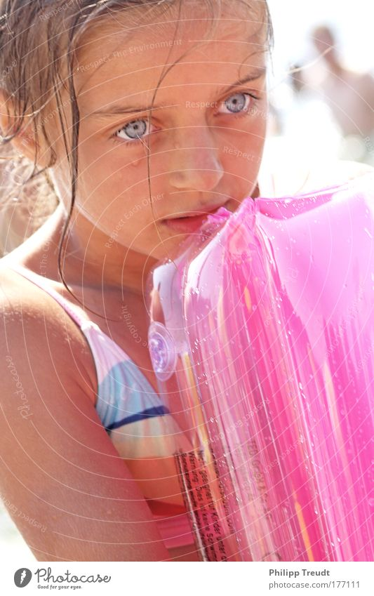 Human being Child Girl Face Eyes Head Warmth Hair and hairstyles Happy Think Infancy Blonde Pink Swimming & Bathing Glittering Mouth