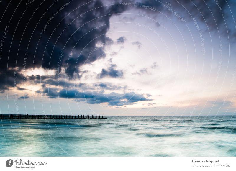 Nature Water Beautiful Sky Ocean Blue Summer Beach Clouds Moody Waves Coast Weather Environment Horizon Joie de vivre (Vitality)