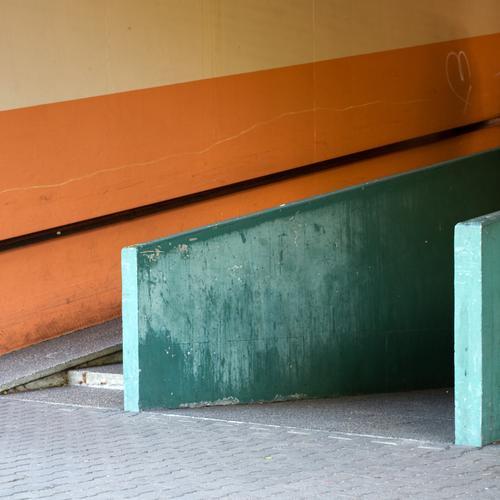 Green City Wall (building) Architecture Wall (barrier) Line Orange Facade Concrete Design Stripe Retro Uniqueness Handrail Decline Sharp-edged