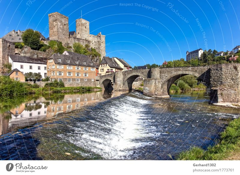 Castle Runkel an der Lahn Vacation & Travel Tourism Trip Sightseeing Water River Village Old town Bridge Tourist Attraction Landmark Monument
