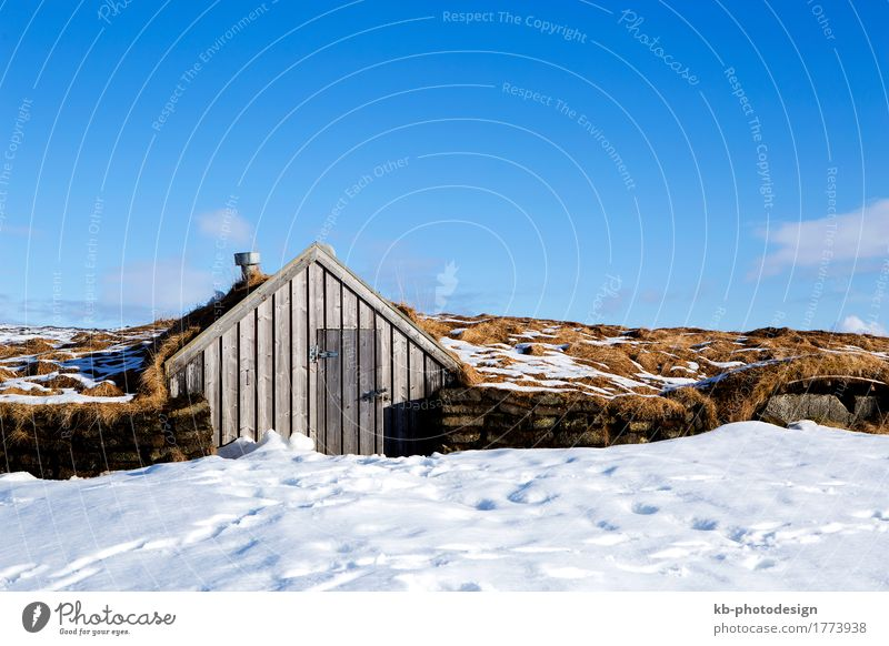 Tiny hut with blue sky in snowy Iceland Vacation & Travel Tourism Adventure Far-off places Winter Winter vacation tiny small accommodation elve elves landscape