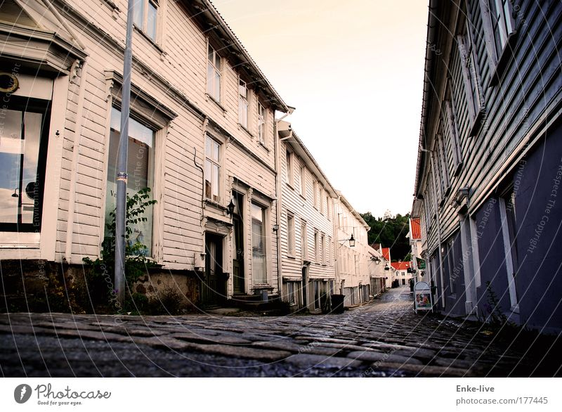 Loneliness House (Residential Structure) Window Style Lanes & trails Building Work and employment Door Tourism Authentic Living or residing Threat Exceptional