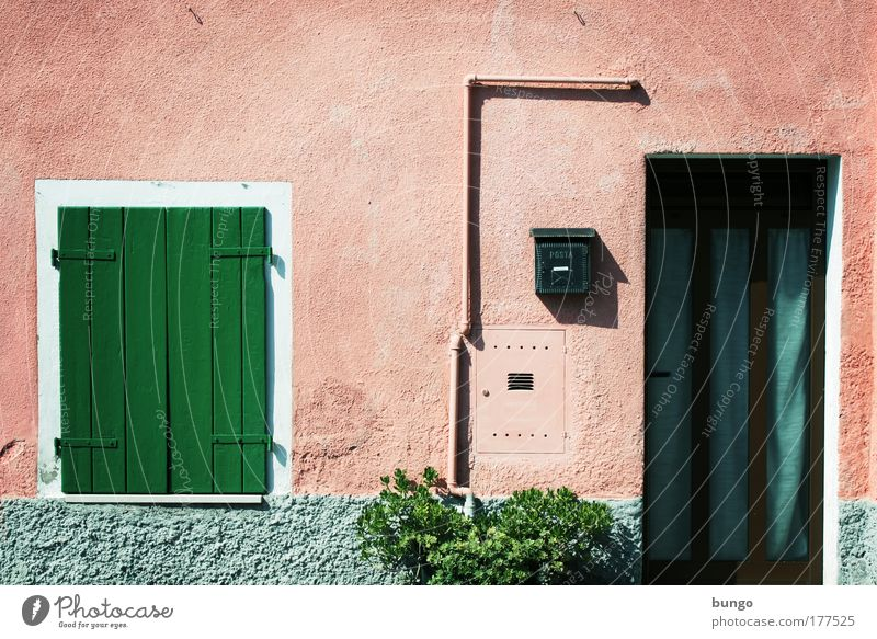 Old Green House (Residential Structure) Wall (building) Window Wall (barrier) Building Pink Door Poverty Bushes Italy Living or residing Village Pipe Mailbox