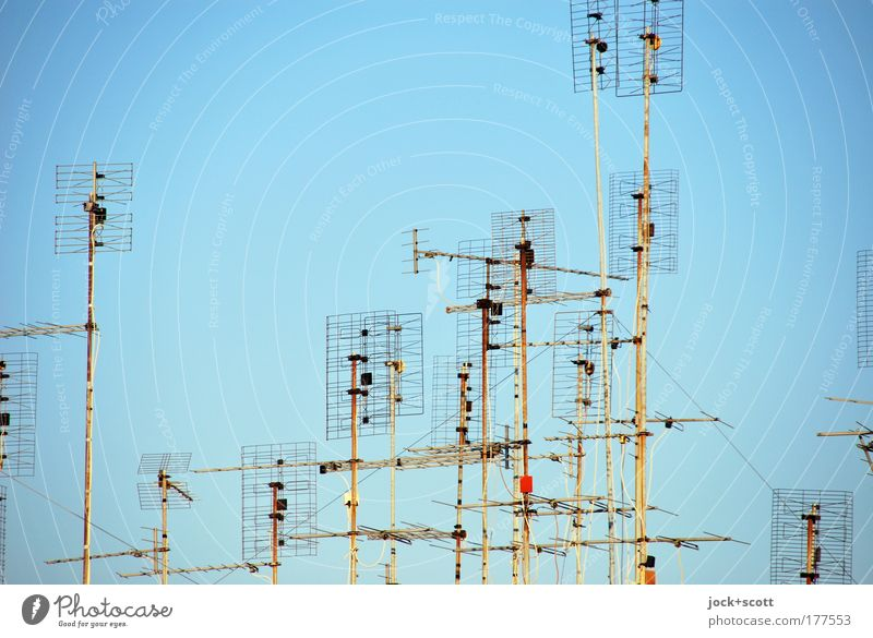 Antenna Blue City Line Moody Metal Together Modern Communicate Beautiful weather Simple Warm-heartedness Telecommunications Planning Network Thin Media