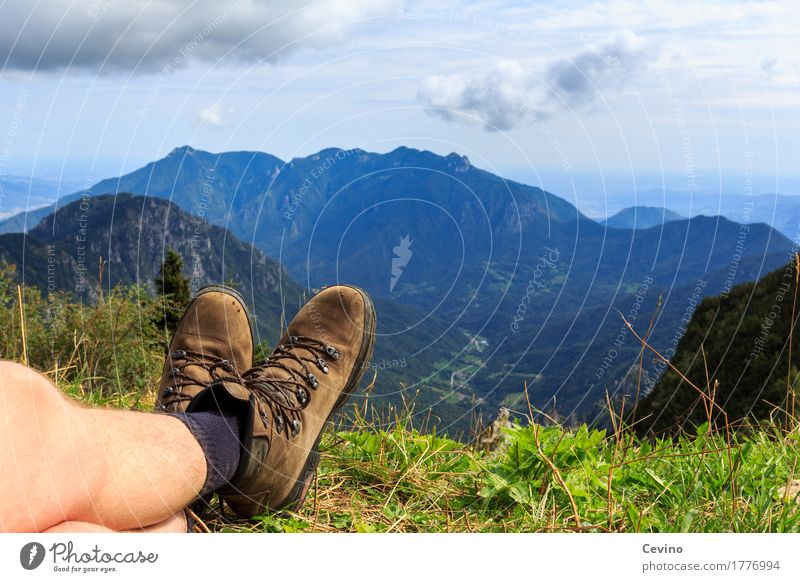 rest Lifestyle Mountain Hiking Nature Landscape Plant Animal Sky Summer Beautiful weather Grass Alps Breathe Relaxation Contentment Joie de vivre (Vitality)