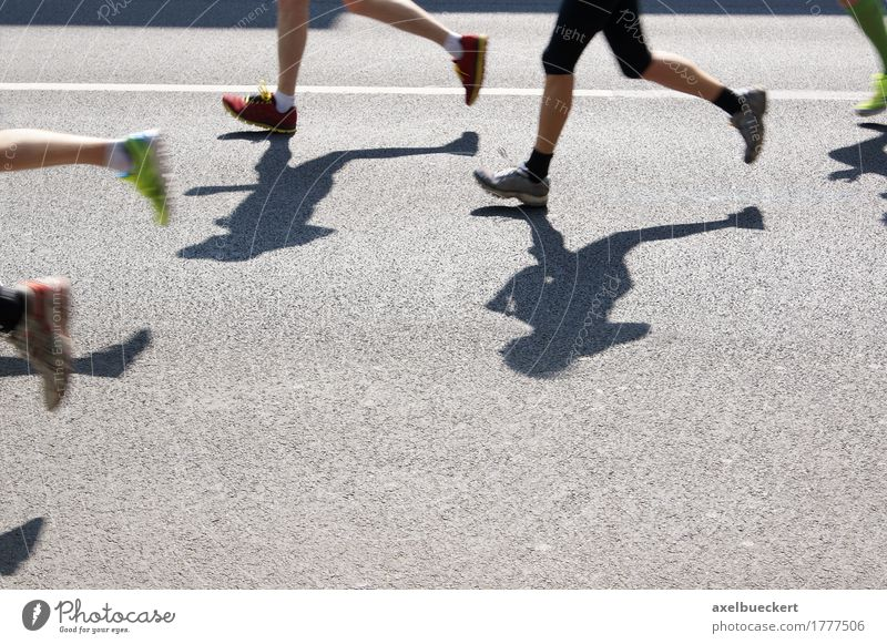 Human being Woman Man Adults Street Sports Lifestyle Legs Group Feet Leisure and hobbies Footwear Walking Fitness Running sports Asphalt