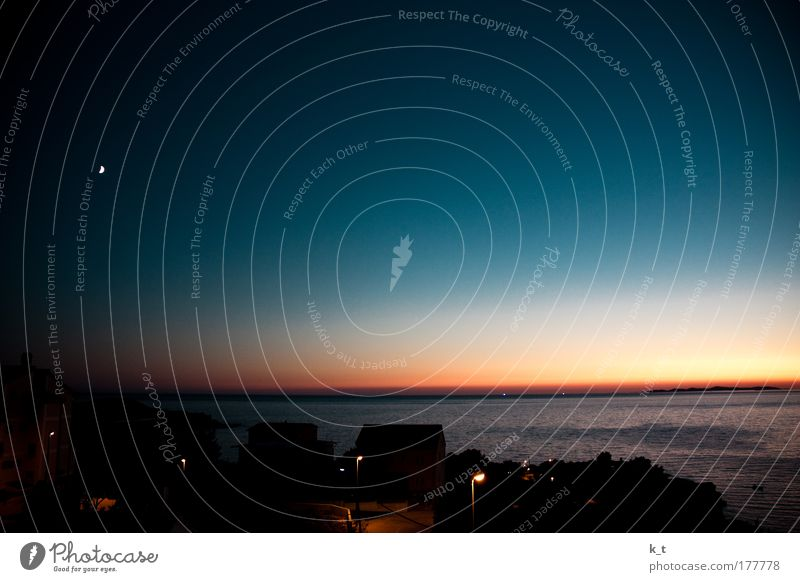 Beautiful Sun Ocean Blue Summer Calm Cold Freedom Warmth Contentment Moody Coast Glittering Gold Horizon Europe