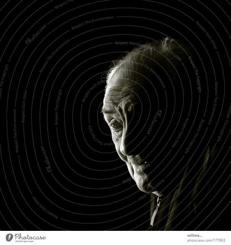 Man Loneliness Face Adults Senior citizen Head Masculine Hope Male senior Past Serene Portrait photograph Memory Vintage Work and employment Retirement