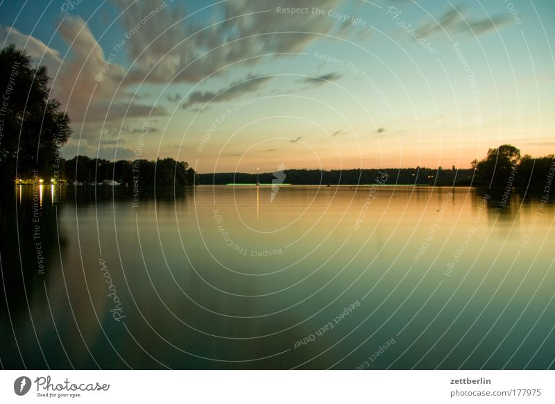 Water Sky Summer Clouds Relaxation Lake Environment Romance Sunset Body of water Copy Space August Surface of water Havel Summer evening Wannsee