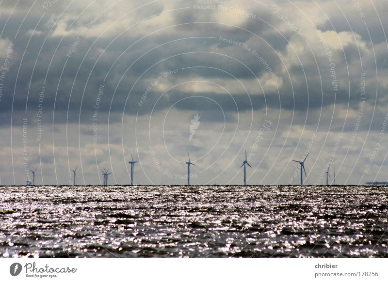 Water Ocean Relaxation Dark Horizon Waves Wind Climate Energy industry Large Industry Technology North Sea Gale Wind energy plant Navigation