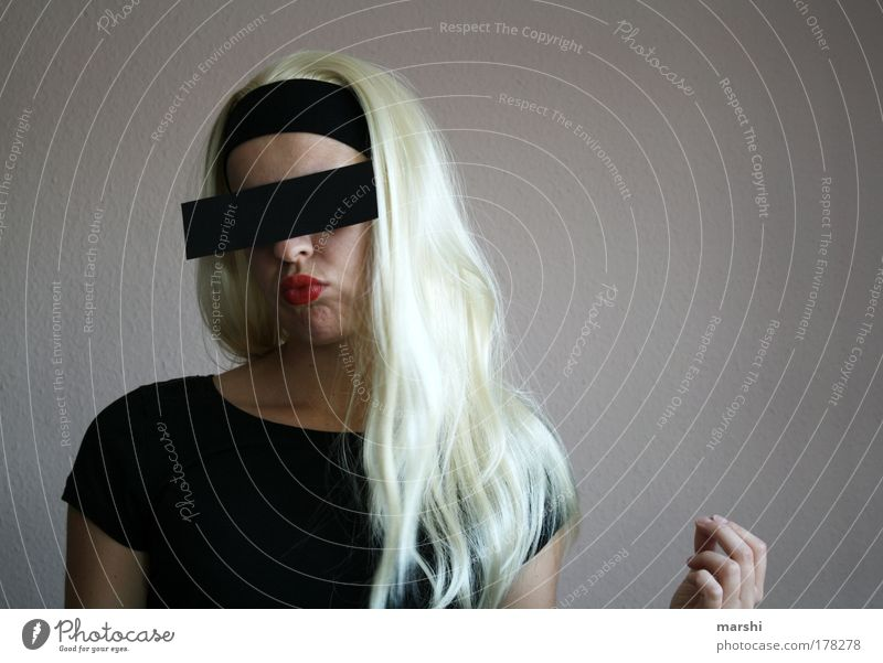 Woman Human being Youth (Young adults) Feminine Emotions Hair and hairstyles Head Fashion Blonde Adults Cool (slang) Mysterious Curiosity Trashy Mouth
