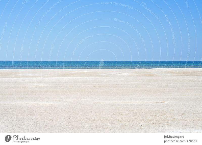 Clear view Colour photo Exterior shot Day Central perspective Long shot Vacation & Travel Trip Far-off places Summer Beach Ocean Nature Landscape Sand Water