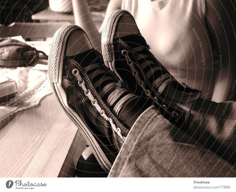 Relaxation Feet Footwear Table Leisure and hobbies Chucks Sneakers