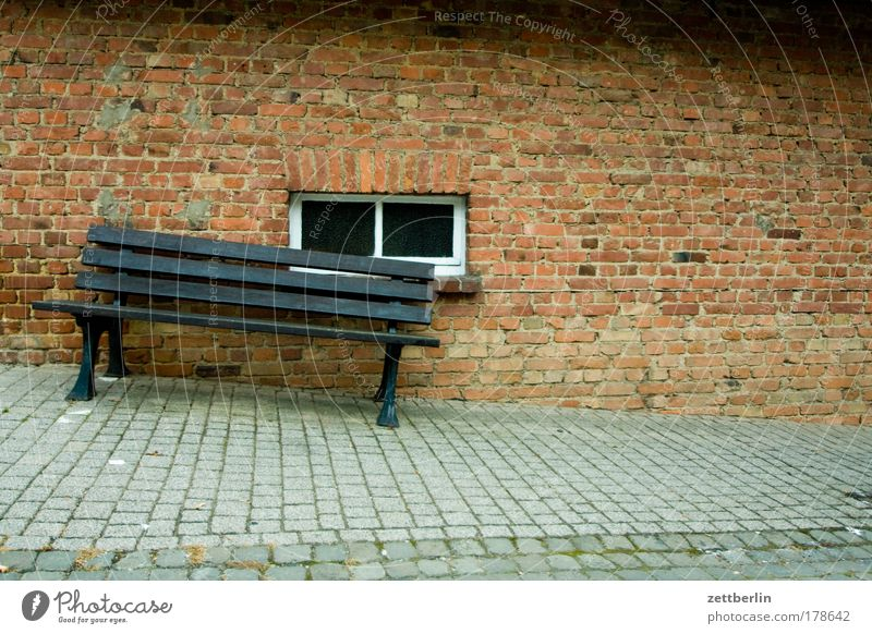 Bank in a state of imbalance Bench Crazy Sidewalk Window House (Residential Structure) Wall (building) Wall (barrier) Corner Tilt