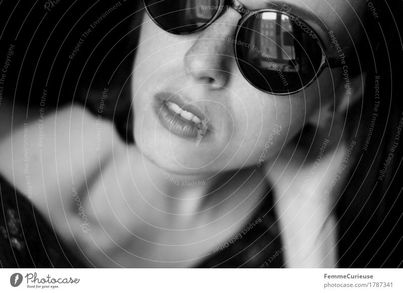 Sunglasses_1787341 Lifestyle Elegant Style Beautiful Feminine Young woman Youth (Young adults) Woman Adults Human being 18 - 30 years Esthetic Resolve Power