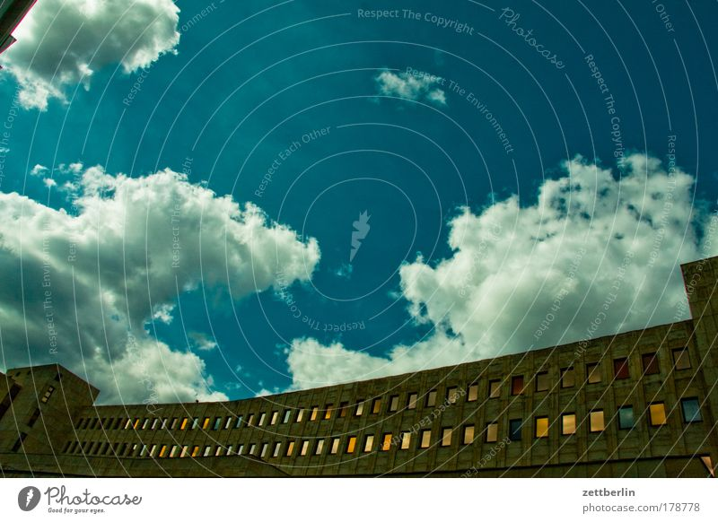Sky Clouds House (Residential Structure) Window Berlin Architecture Building Facade Concrete Manmade structures Window pane Tenant