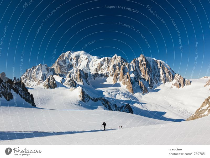 Ski mountaineers on the Vallee Blanche glacier, Chamonix, France Human being Sky Nature Vacation & Travel Man Beautiful White Landscape Winter Mountain Adults