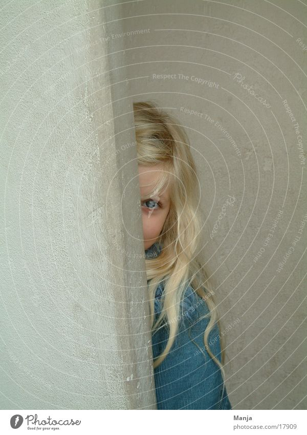 Lina smolts Girl Child Wall (building) Human being Hide