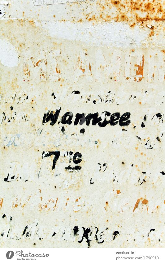 Wannsee Depart Ski-run Derelict Flake off Old Label Lettering Letters (alphabet) Schedule (transport) Signage Clue Information Communicate Deserted Rust