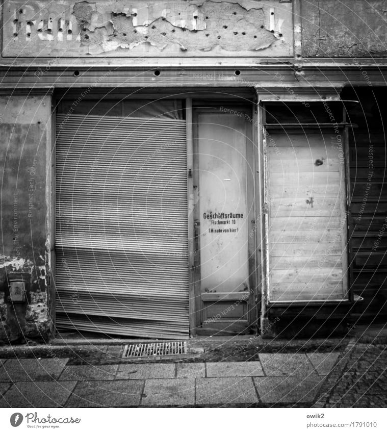 Moved goerlitz Germany Saxony Small Town Downtown Old town Pedestrian precinct Deserted Wall (barrier) Wall (building) Facade Door Shop window Venetian blinds