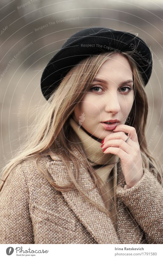 autumn portrait of beautiful girl Young woman Youth (Young adults) Woman Adults Hair and hairstyles 1 Human being 18 - 30 years Fashion Sweater Coat Ring Hat
