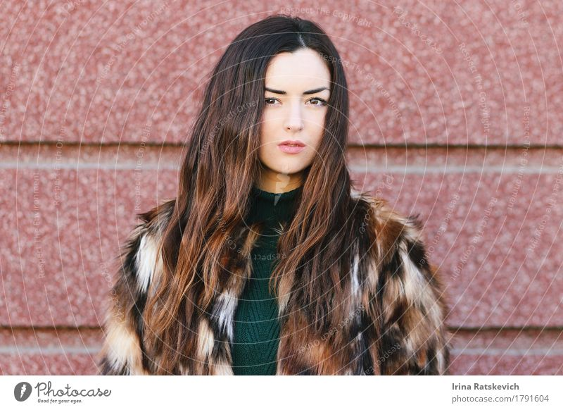 girl in furcoat Young woman Youth (Young adults) Woman Adults Hair and hairstyles Face 1 Human being 18 - 30 years Fashion Clothing Fur coat Pelt Black-haired