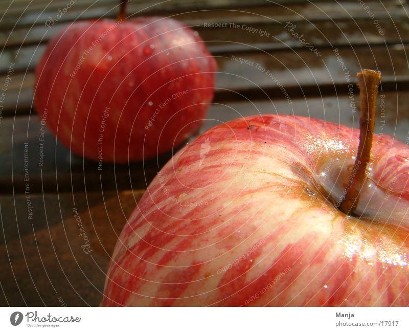 Red Healthy Wet Fruit Apple Juicy