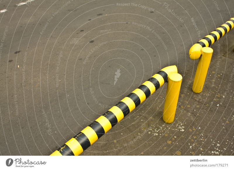 Street Dangerous Threat Border Fence Barrier Parking lot Copy Space Wasps Boundary Hurdle