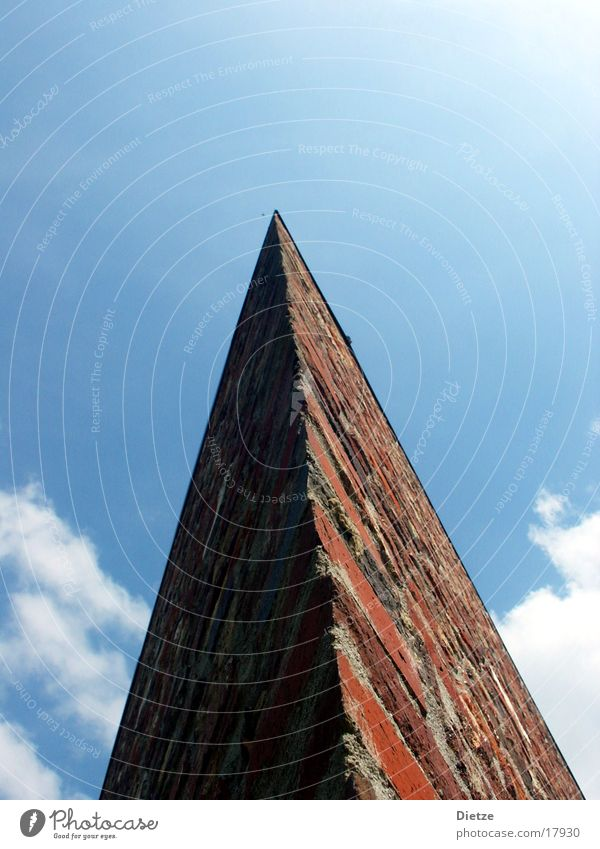 Sky Clouds Architecture Corner Point Arrow Brick Pyramid