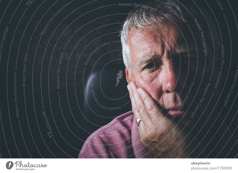 sad senior Human being Man Adults Senior citizen Masculine Male senior Profession Stress Father Grandfather