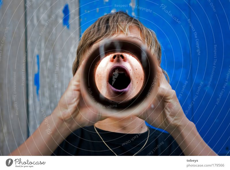 mouthpiece Drinking Intoxicant Alcoholic drinks Masculine Young man Youth (Young adults) Breathe Drainage Pipe Drainage system Channel Funnel Force Formidable