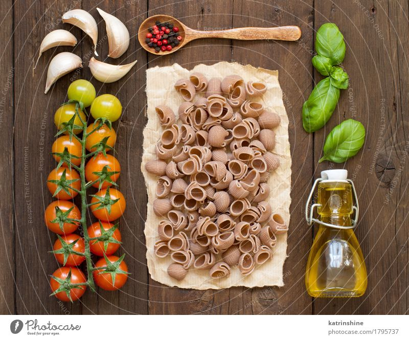 Whole spelt pasta, vegetables, herbs and olive oil Green Red Dark Healthy Brown Nutrition Fresh Herbs and spices Vegetable Baked goods Bottle Meal