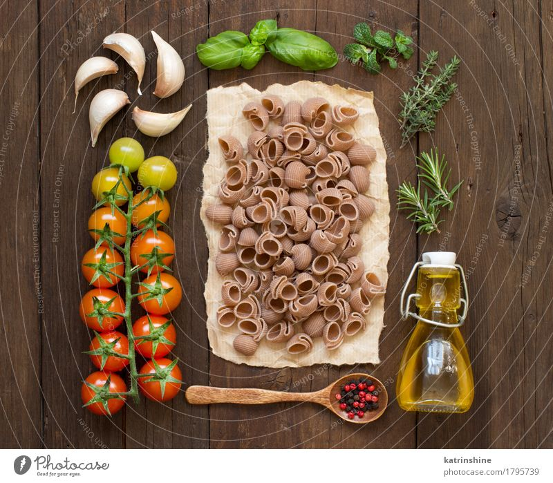 Whole spelt pasta, vegetables, herbs and olive oil Vegetable Dough Baked goods Herbs and spices Cooking oil Vegetarian diet Diet Bottle Spoon Fresh Healthy