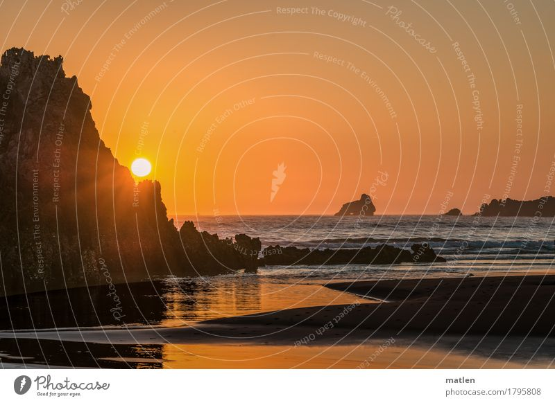 month Nature Landscape Sand Air Water Sky Cloudless sky Horizon Weather Beautiful weather Rock Waves Coast Beach Ocean Sharp-edged Brown Orange Cliff