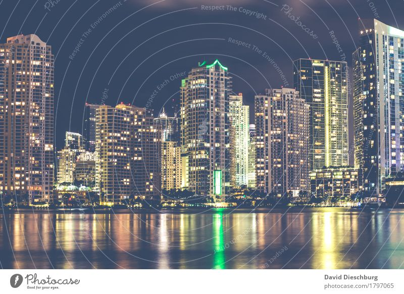Miami/Downtown Vacation & Travel Tourism Sightseeing City trip House (Residential Structure) High-rise Bank building Tourist Attraction Financial Industry