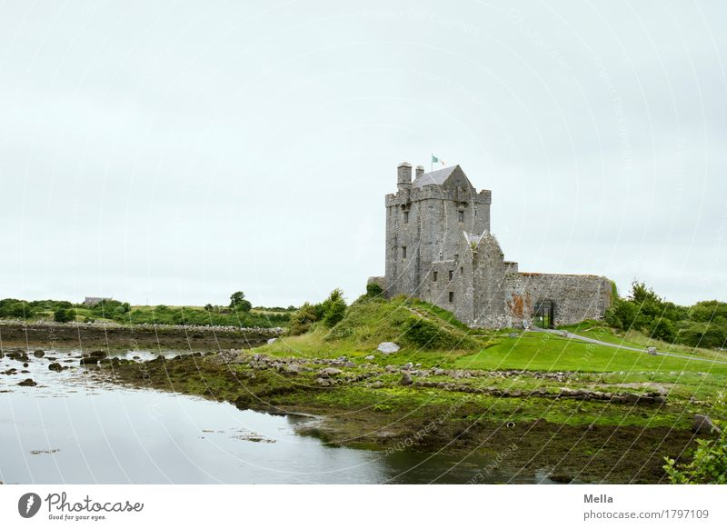 Castle country, whisky country, music country. And beer. Vacation & Travel Tourism Sightseeing Environment Lakeside Ireland Tourist Attraction Old Historic