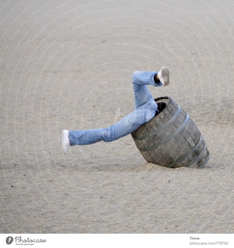 Alcoholic drinks Keg Joy Beach Footwear Playing Movement Jump Sand Legs Funny Fear Human being Adventure Happiness Search